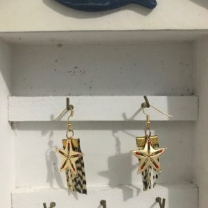 Lionfish earrings with sea stars